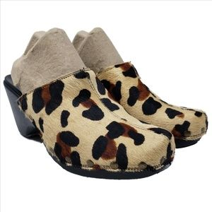 NATURALIZER Leopard Pony Hair Clogs Never Worn 6.5
